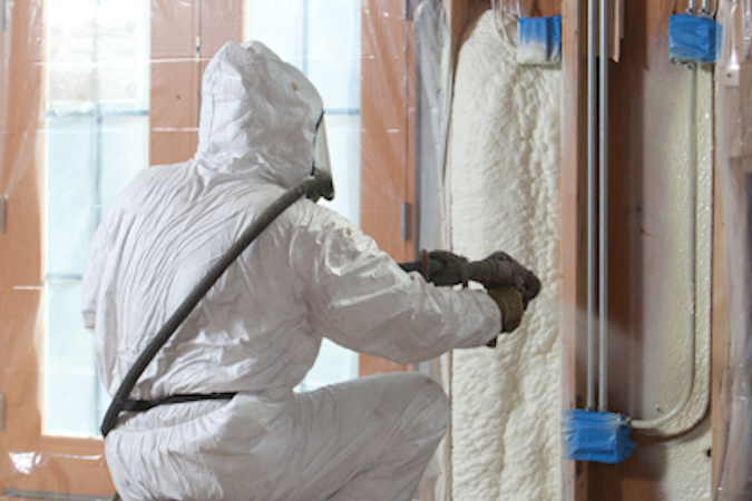 Spray-Polyurethane-Foam-vs-icynene
